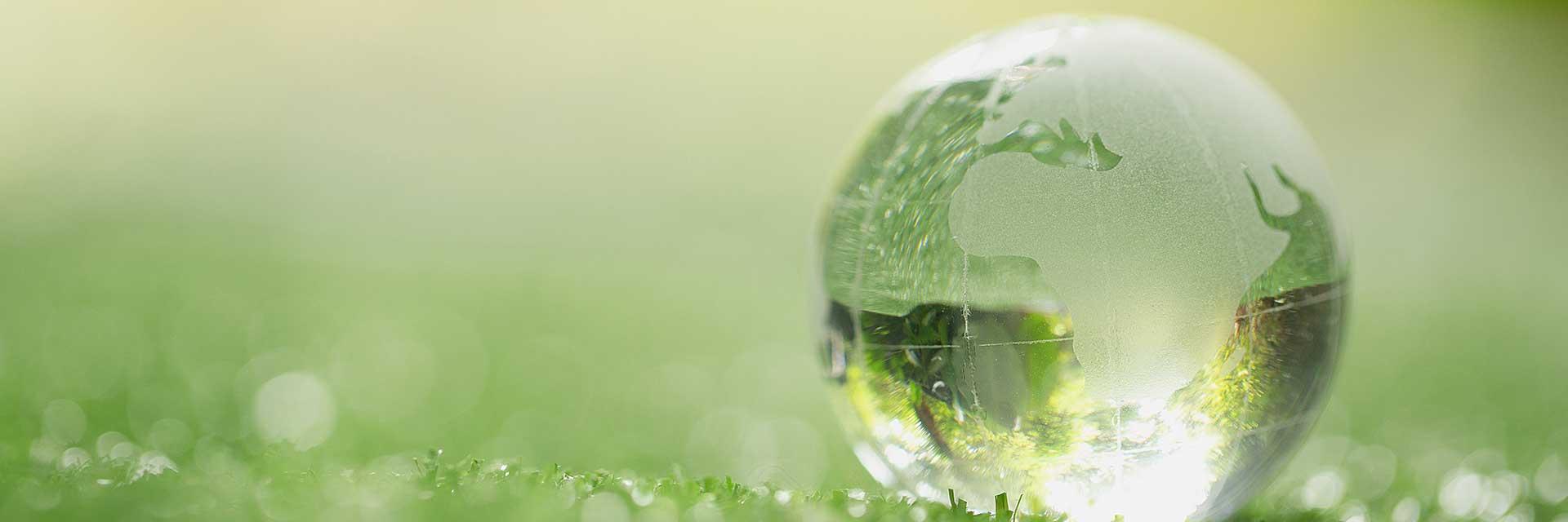 hållbarhet csr hållbar cirkular affärsmodell kickstart illustrerad av glänsande glasjordddglob